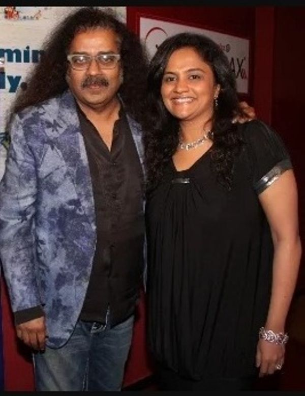 Hariharan With His Daughter Lavanya