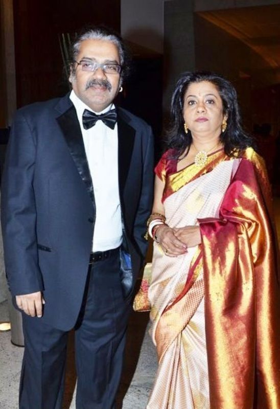 Hariharan With His Wife Lalitha Hariharan