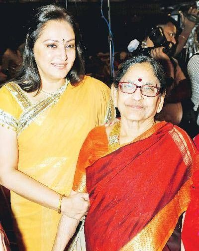 Jaya Prada with her mother Neelaveni