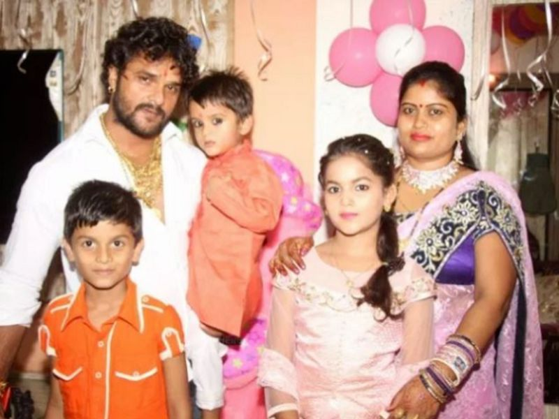 Khesari Lal Yadav With His Family
