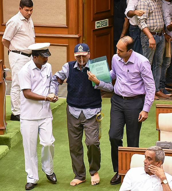 Manohar Parrikar Going To Present The Budget In The Goa Assembly
