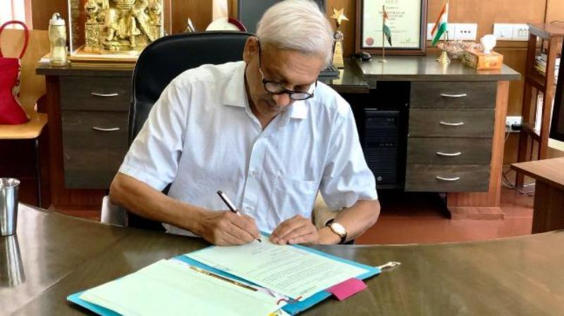 Manohar Parrikar In Goa CM Office