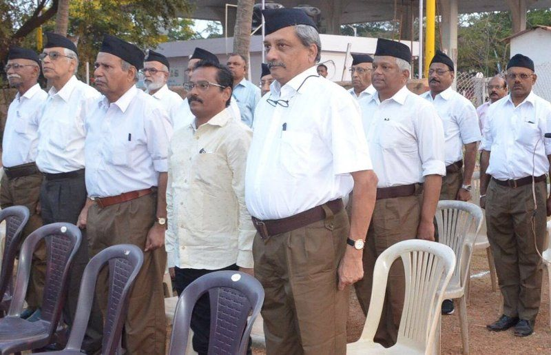Manohar Parrikar In RSS Uniform