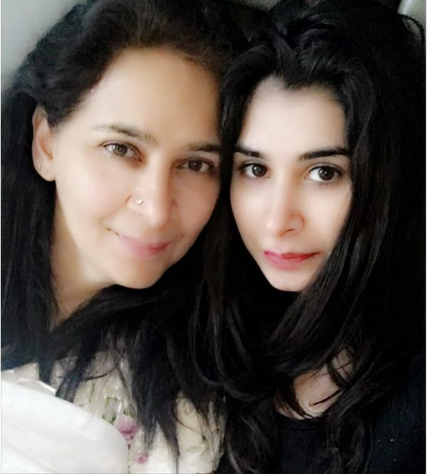 Navjot Kaur Sidhu with her daughter