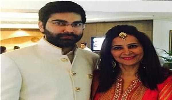 Navjot Singh Siddhu's wife and son