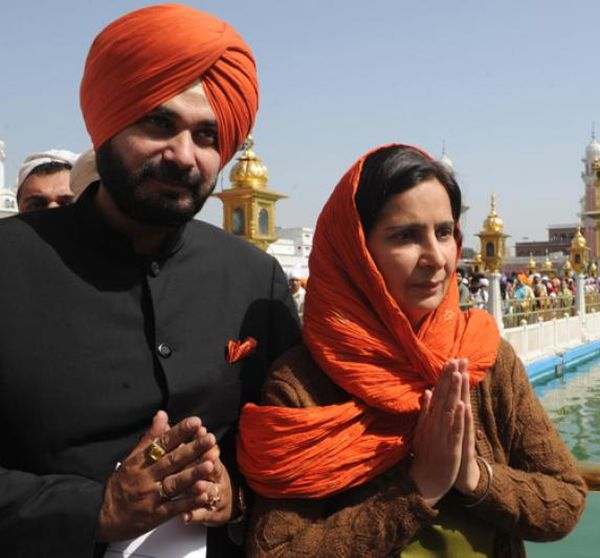 Navjot Singh Sidhu with his wife