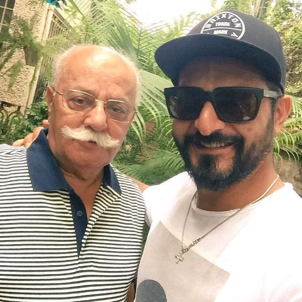 Nikhil Chinapa with his father