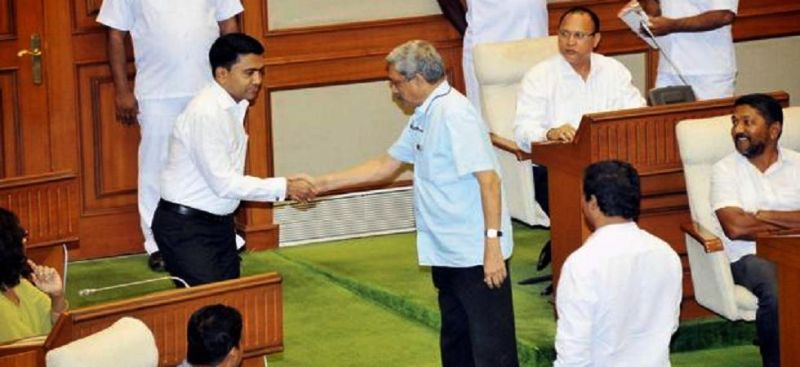 Pramod Sawant Shaking Hand With Manohar Parrikar