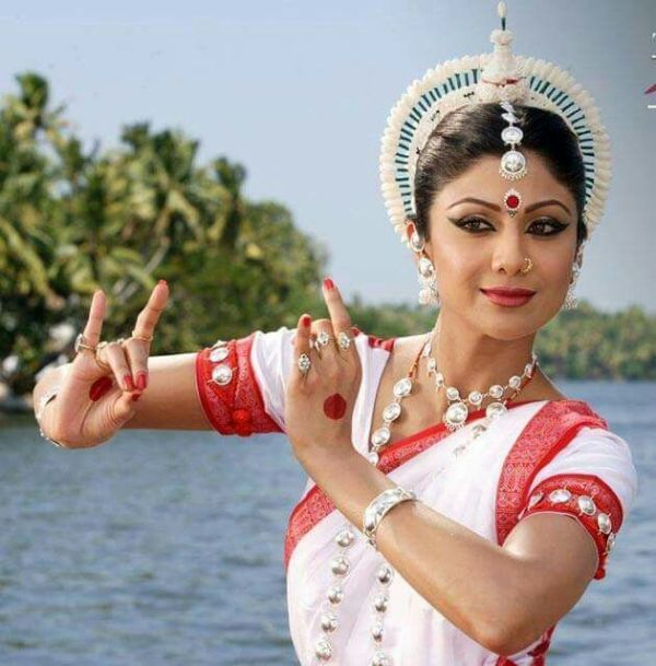 Shilpa Shetty Doing Bharatanatyam