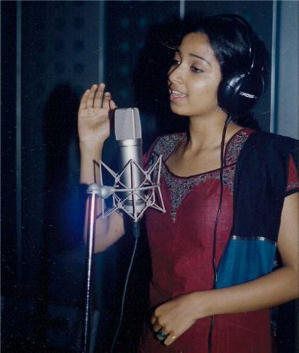 Shreya Ghoshal Recording Songs For Devdas