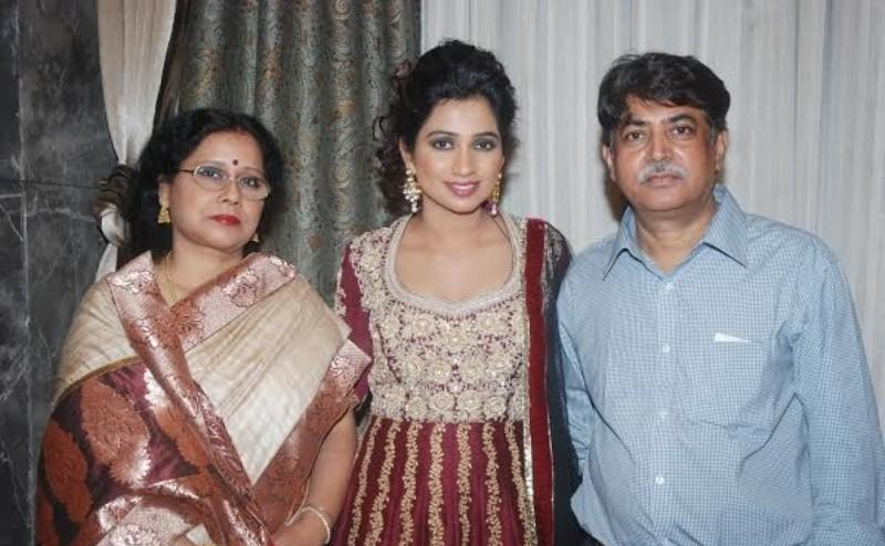Shreya With Her Parents