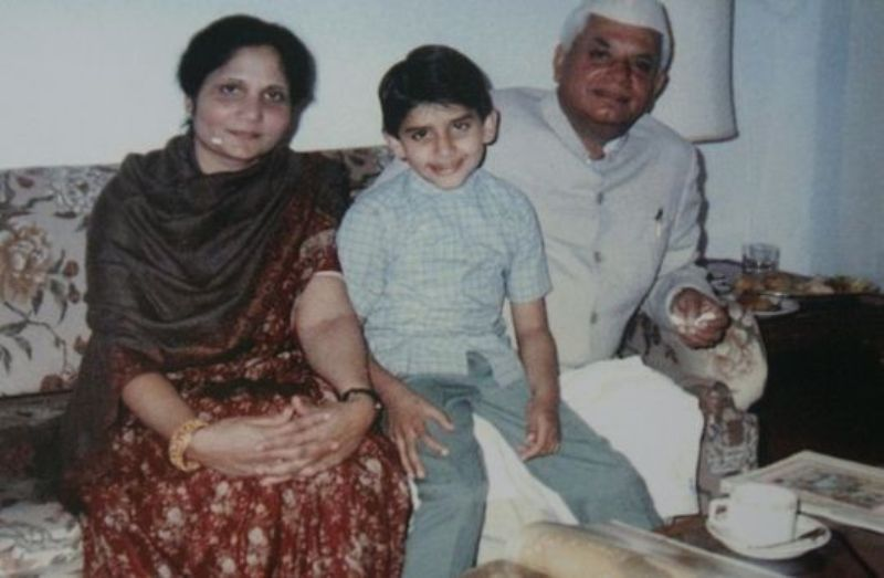 A Throwback Photo Of Rohit Shekhar Tiwari With His His Mother Ujjwala and Father N. D. Tiwari