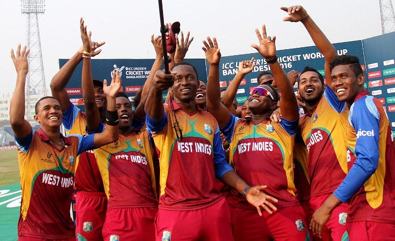 Alzarri Joseph With His Team After Winning The 2016 Under-19 World Cup