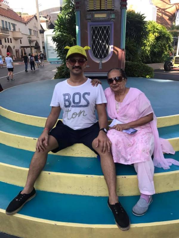 Amit Trivedi With His Mother