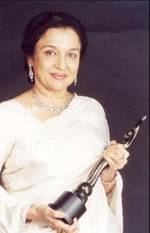 Asha Parekh With Her Filmfare