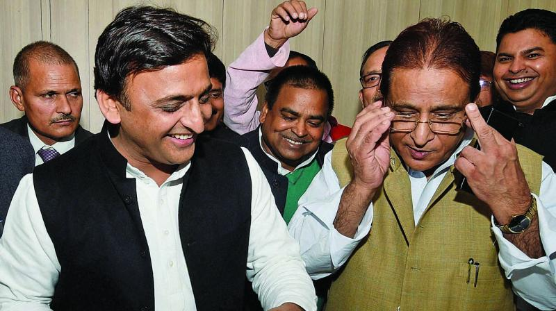 Azam Khan with his Party members