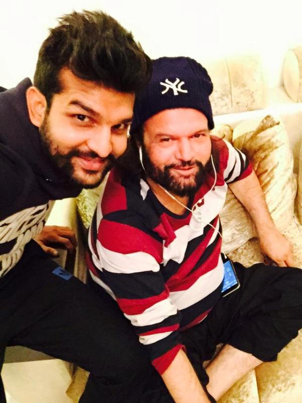 Hans Raj Hans with his son yuvraj Hans