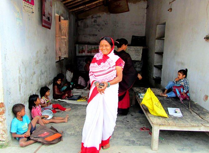 Kanhaiya Kumar's Mother Meena Devi Working In An Anganwadi