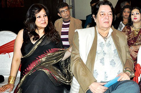 Moon Moon Sen With Her Husband Bharat Dev Verma