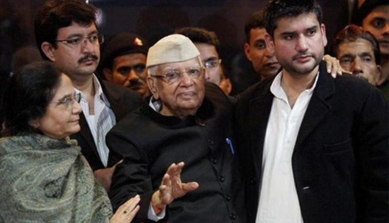 N. D. Tiwari Accepted Rohit Shekhar As His Son