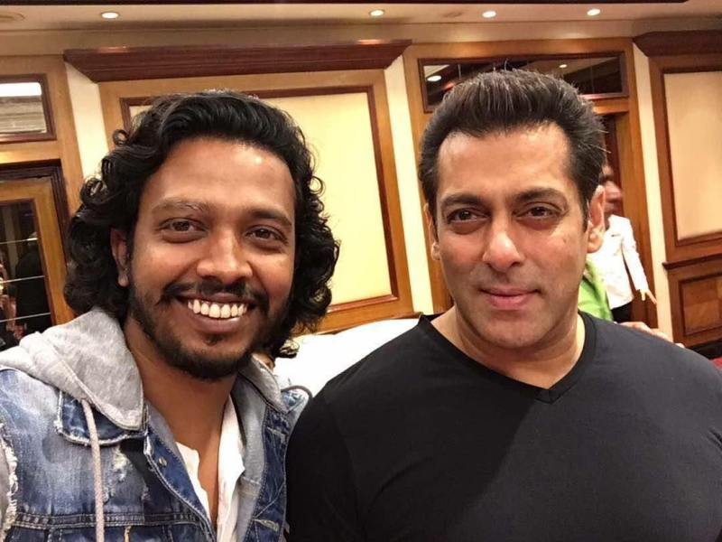 Nakash Aziz with Salman Khan