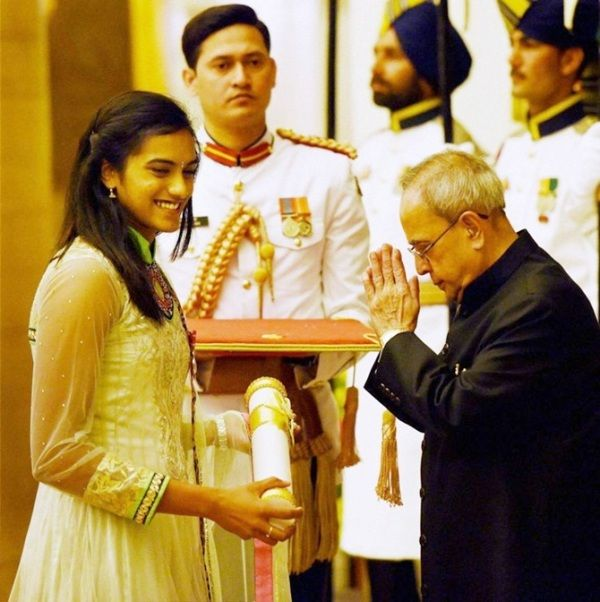 PV Sindhu receiving the Padma Shri Award