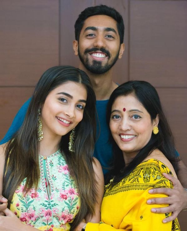 Pooja Hegde With Her Mother, Latha Hegde And Her Brother, Rishabh Hegde