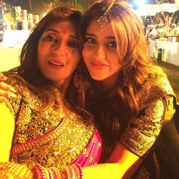 Ritika Sajdeh with her mother