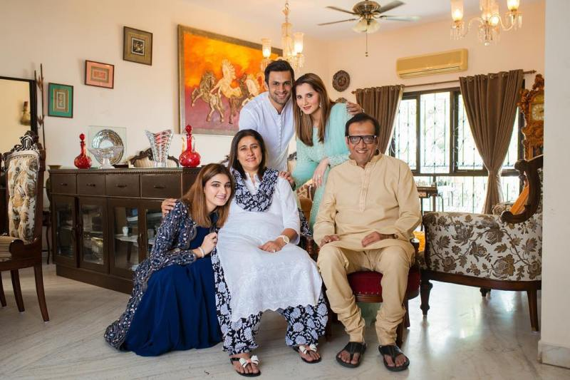 Sania Mirza with her family and husband