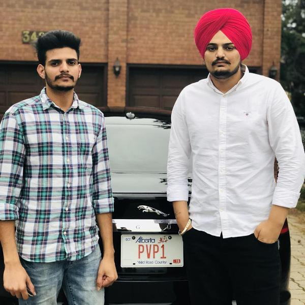 Sidhu Moose Wala with his brother