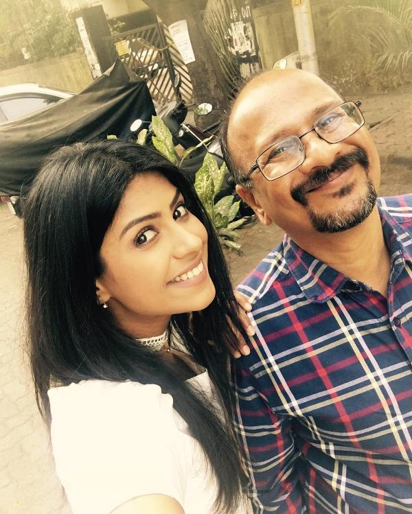 Swarda Thigale with her father
