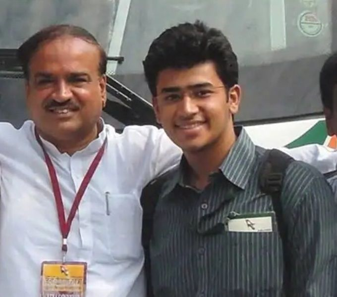 Tejasvi Surya With Ananth Kumar