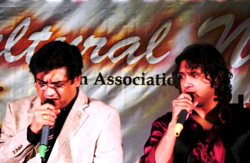 Amit Kumar With Sumit Kumar At The Launch Of Dui Kishore