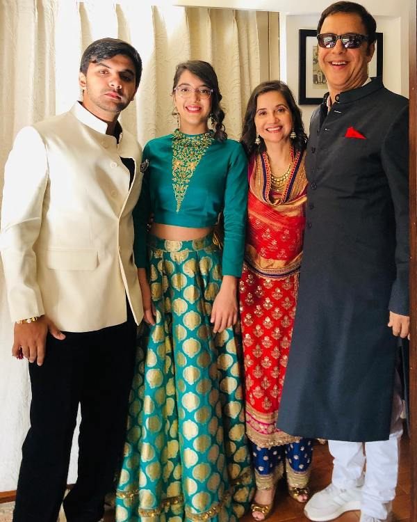 Anupama Chopra With Her Children Zuni And Agni And Her Husband