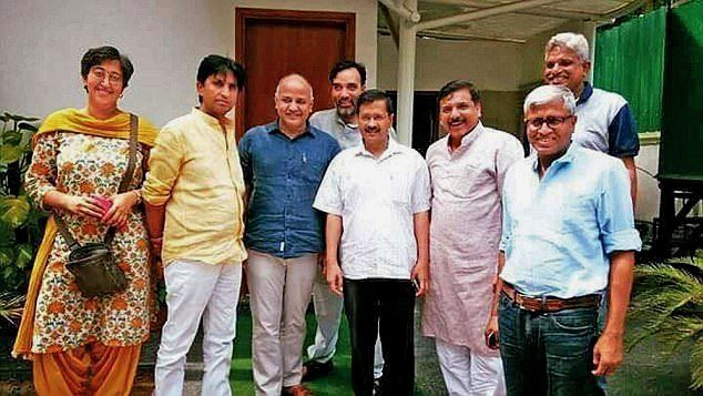 Atishi Marlena With The Members of AAP