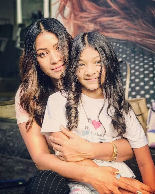 Barkha Bisht With Her Daughter, Meira