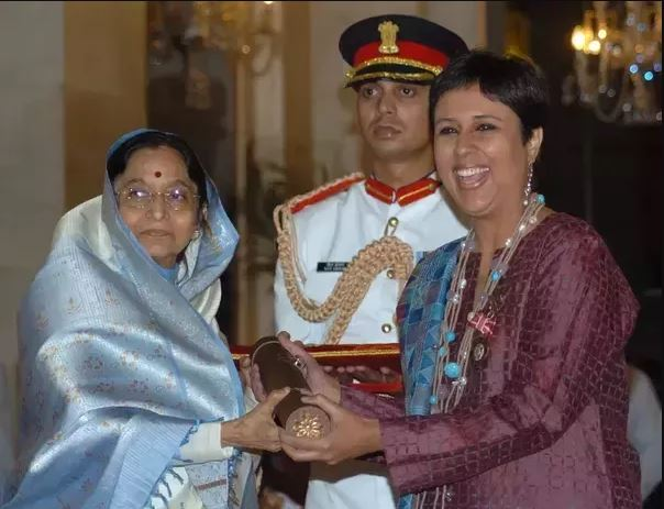 Barkha Dutt Receiving The Padma Shri
