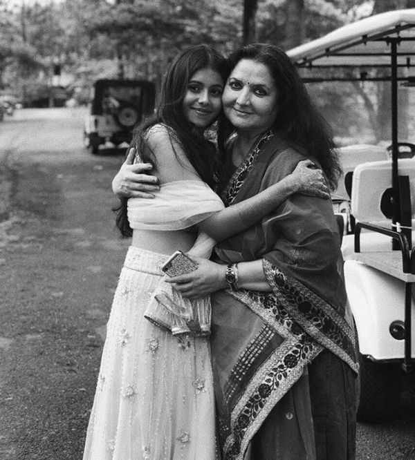 Dishani Chakraborty With Her Mother, Yogeeta