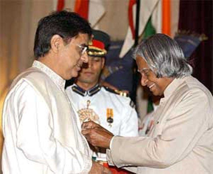 Jagjit Singh Receiving Padma Bhushan