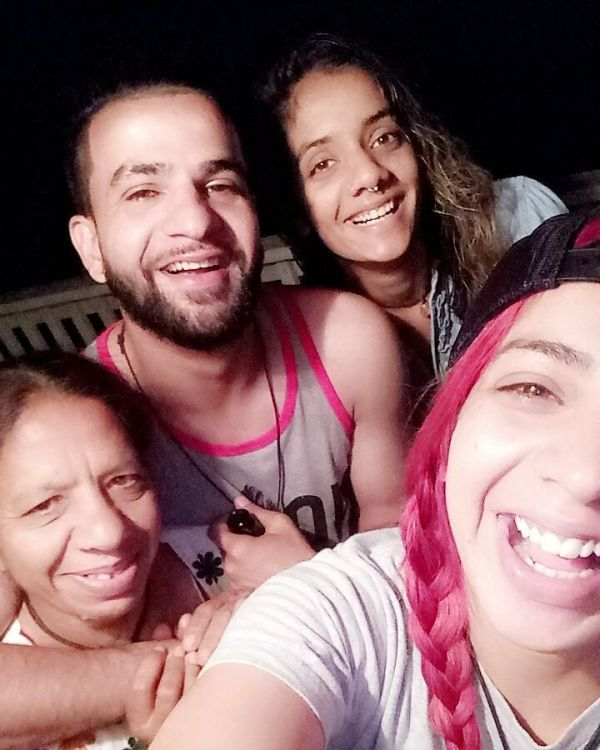 Jasmine Sandlas with her mother and siblings