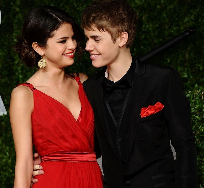 Justin Bieber With His Ex- Girlfriend, Selena Gomez