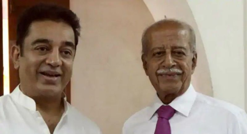 Kamal Haasan With His Brother Chandrahasan