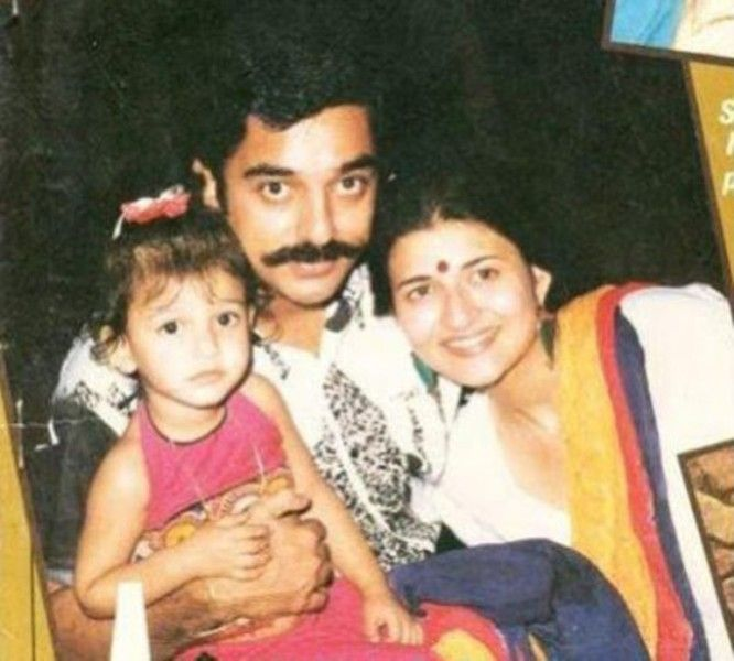 Kamal Haasan With Sarika And Little Shruti