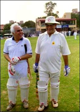 Kapil Sibal Playing Cricket