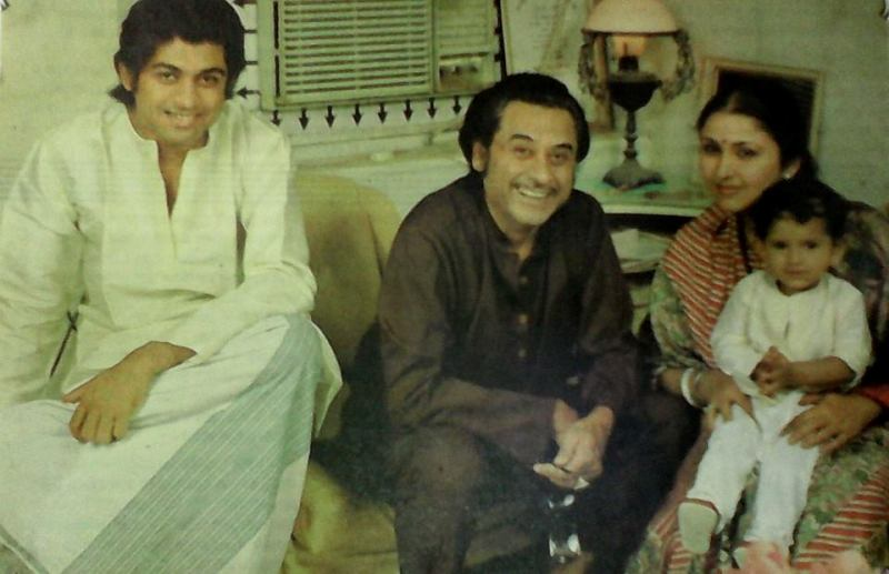 Kishore Kumar With His Wife Leena Chandavarkar And Sons Amit And Sumit