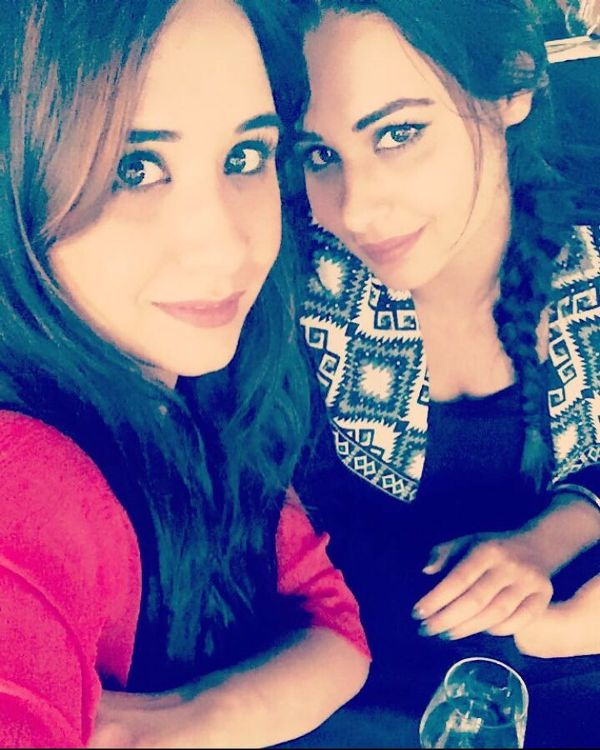 Mandy Takhar with her sister Kammy Takhar