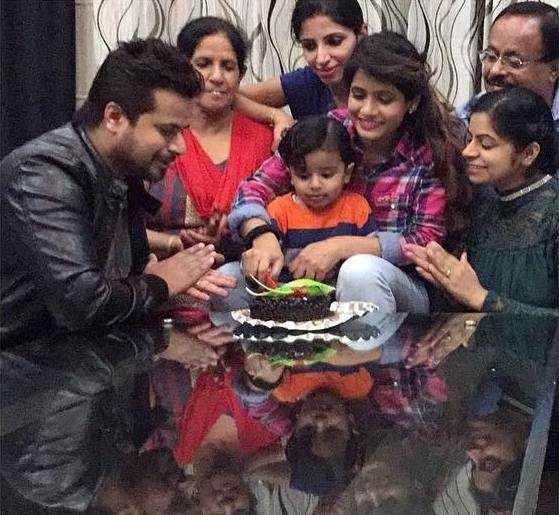 Miss pooja with her family