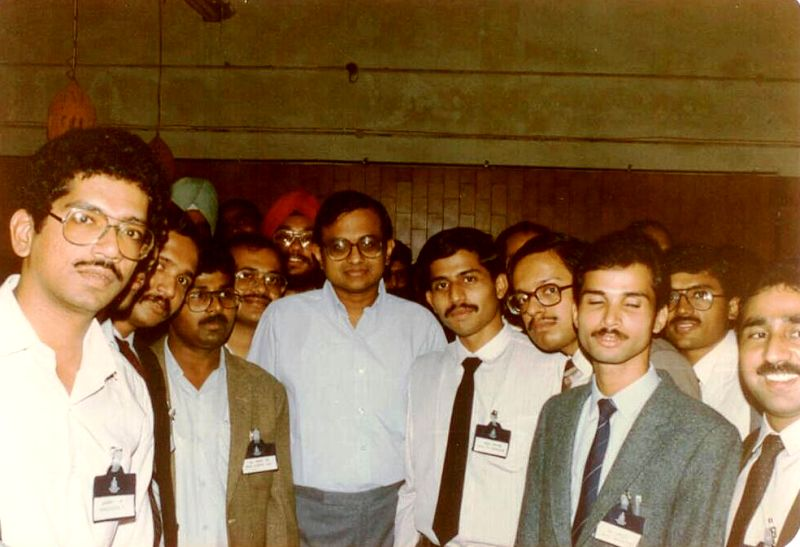 P Chidambaram With His Staff On His First Day As MoS for Commerce