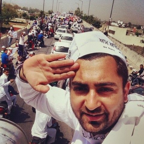 Sharry Mann supporting AAP
