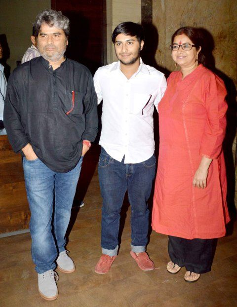 Vishal Bharadwaj with his wife and son